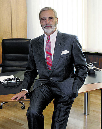Mr. Joachim Laurenz Naimer, President of the Kraus & Naimer Group